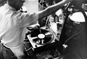 Picture of vinyl record press